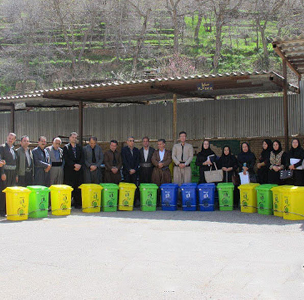 سطل زباله مدرسه 60 لیتری پدالی